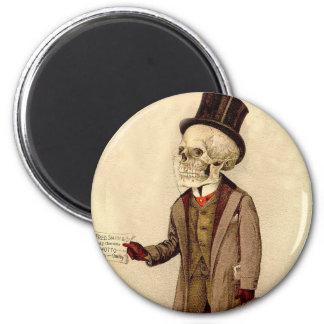 Skeletal Doctor 6 Cm Round Magnet