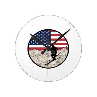 Ski America Round Clock