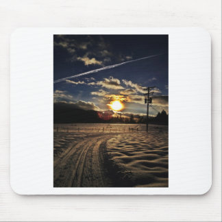 skiing at sunset mouse pad