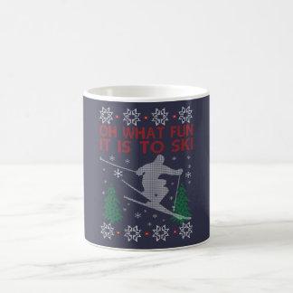 SKIING CHRISTMAS COFFEE MUG