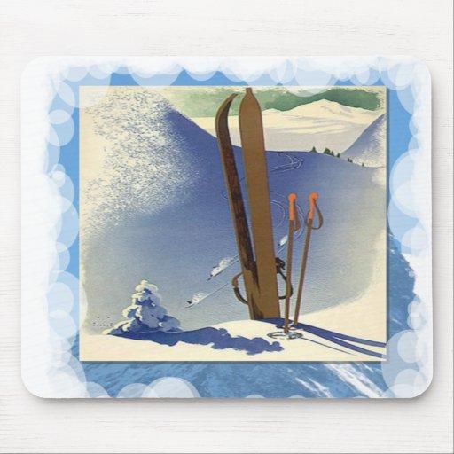 Skiing -Skis and slopes Mousepad