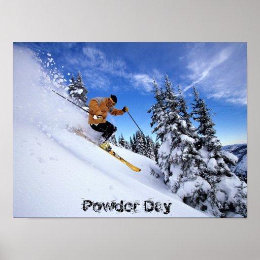 skiing-through-snow-wallposter poster