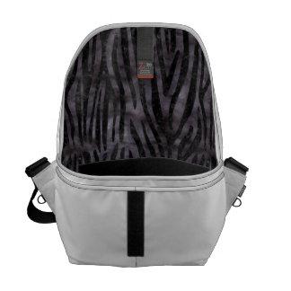 SKIN4 BLACK MARBLE & BLACK WATERCOLOR MESSENGER BAG