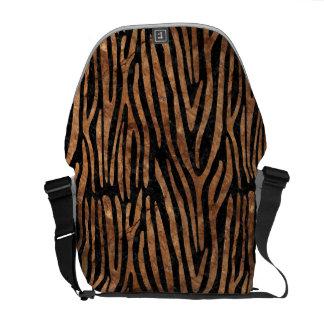 SKIN4 BLACK MARBLE & BROWN STONE (R) MESSENGER BAG