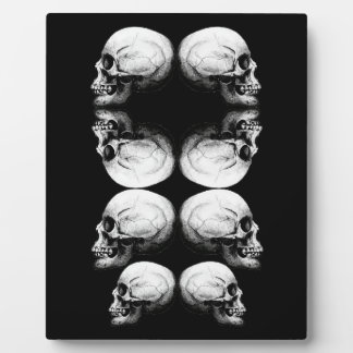Skull Advanced Profile Dark Protect Plaque