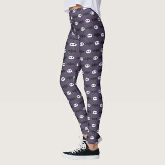 Skull and Bat Halloween Pattern Purple Leggings