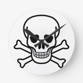 Skull and Crossbones death symbol Round Clock