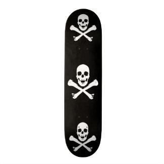 Skull and Crossbones 21.6 Cm Old School Skateboard Deck