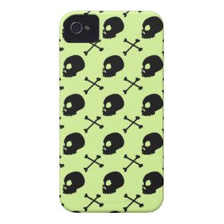 Skull & Bones - Faded Pastel Green iPhone 4 Cases
