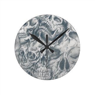 skull college round clock