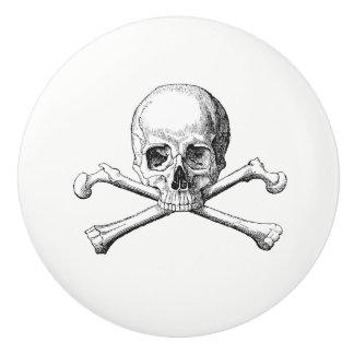 Skull & Crossbones Knob