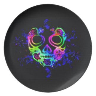 Skull design plate