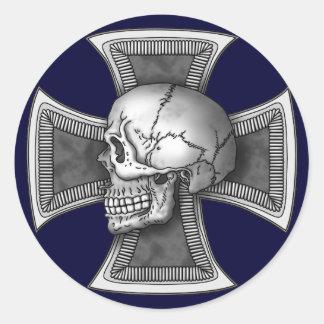 Skull iron-cross classic round sticker