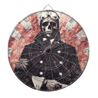 Skull kamikaze dart board