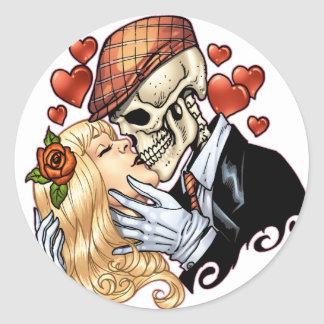 Skull Kiss with Hearts and Roses by Al Rio Round Sticker