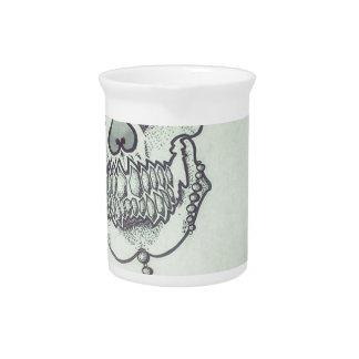 Skull marker logo pitcher