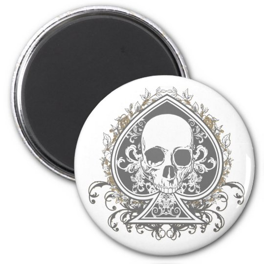Skull Spade with gold Magnet