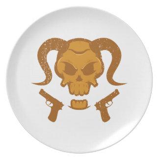Skull with gun plate