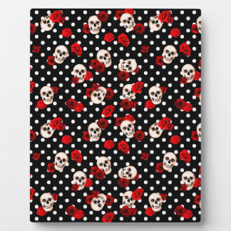 Skulls and roses plaque
