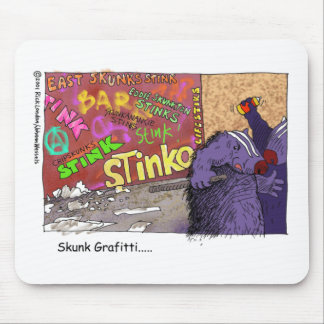 Skunk Graffiti Funny Cartoon Gifts & Tee Mouse Pad