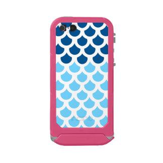 Sky Blue/ Deep Ocean Fish Scale 2 Incipio ATLAS ID™ iPhone 5 Case
