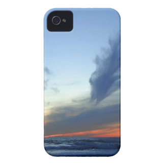 Sky Dock Of The Bay iPhone 4 Covers