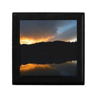 sky in the mirror gift box