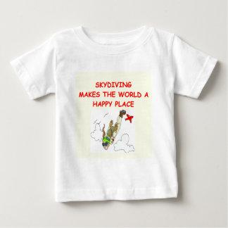 skydiving baby T-Shirt