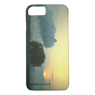 Skyliner 2-10-0 leaves_Steam Trains iPhone 7 Case