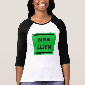 SLEEVED ALIEN T-Shirt
