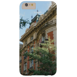 Slim case with fifth avenue mansion