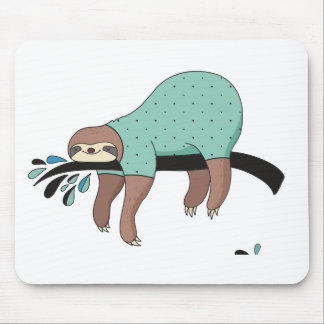 Sloth being lazy mouse pad