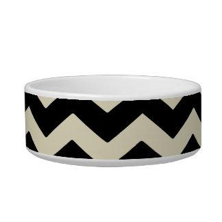 Small earthen bowl Geometric