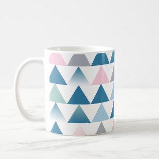 Small triangles mug
