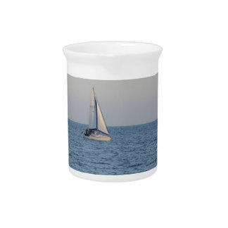 Small Yacht Offshore. Beverage Pitchers