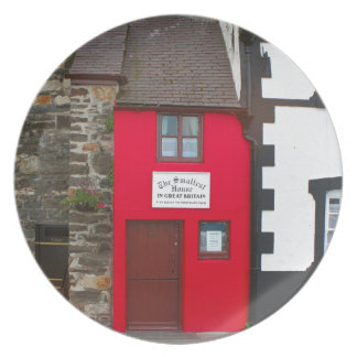 Smallest house in Great Britain Plate