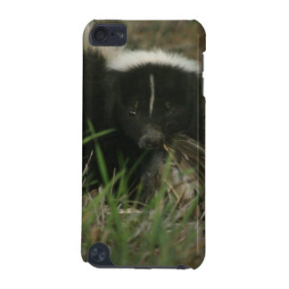 Smelly Skunk iTouch Case iPod Touch 5G Covers