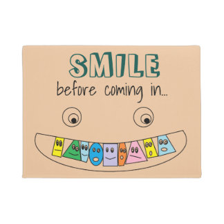 SMILE before coming in Fun Toothy Face Doormat