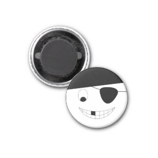 Smile face pirate Jolly Roger Magnet