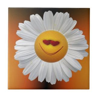Smile hearts daisy small square tile
