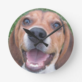 Smiley Faced Beagle Puppy Clock