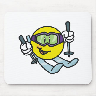 Smiley Skiing Mouse Pad