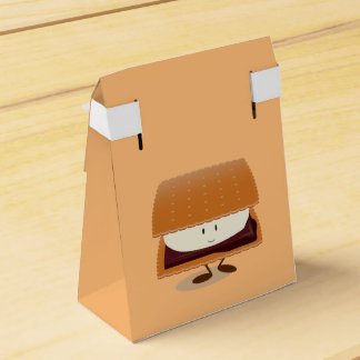 Smiling S'more Favour Box