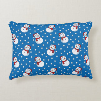 Smiling Snowmen In The Falling Snow Decorative Cushion