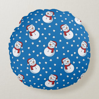 Smiling Snowmen In The Falling Snow Round Cushion