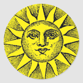 Smiling sun classic round sticker