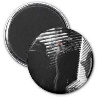 Smoking Gun 6 Cm Round Magnet