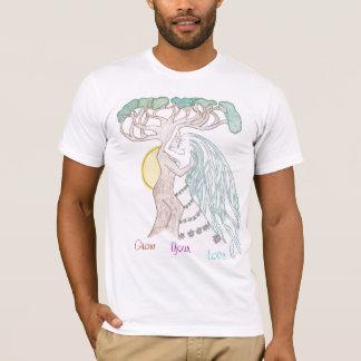 Smooching Tree Couple T-Shirt