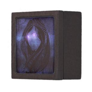 Smouldering gaze keepsake box