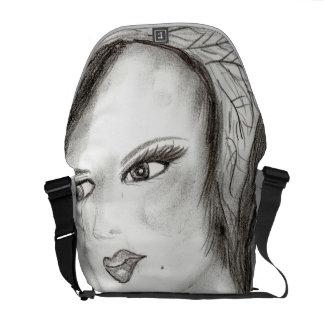 SMUG 30s Girl Messenger Bag